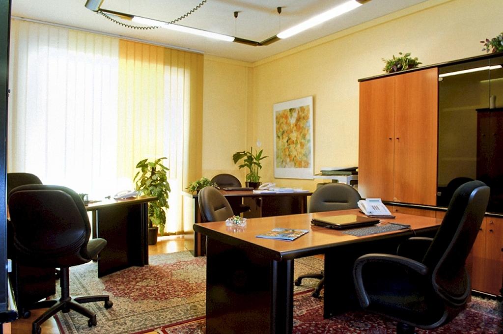 Tipologie di uffici condivisi milano for Uffici a milano